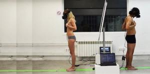 homme et femme connectés à un ordinateur, corps, Mushroom, chasseurs de têtes