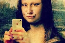 "Photo de la Joconde faisant un ""selfie"" - Linkedin - Mushroom - Cabinet de recrutement - Chasseurs de têtes"